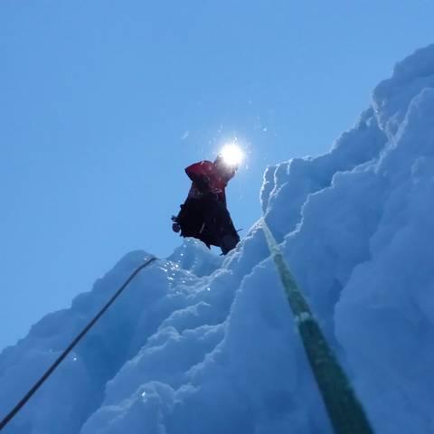 Eisklettern in Großkirchheim in der Nationalpark-Region Hohe Tauern