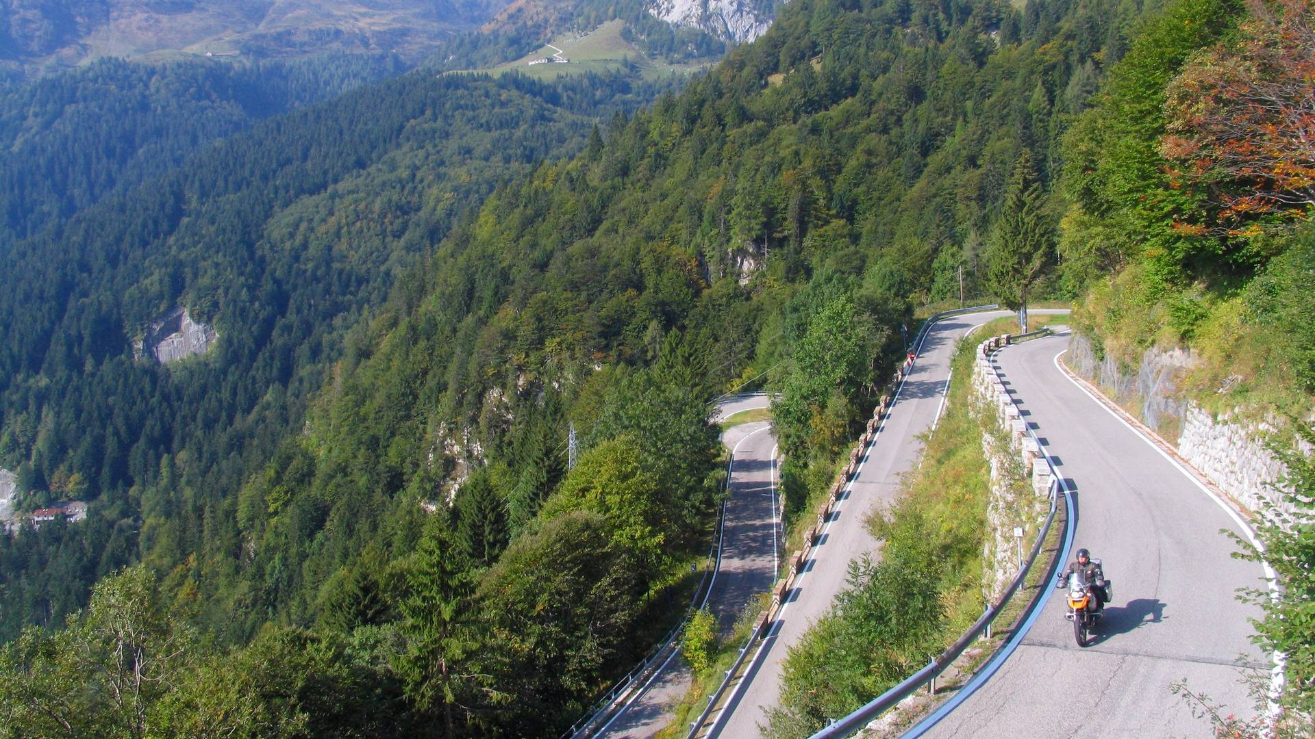 Passstraße über den Plöckenpass